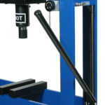 Manual pump with pneumatic approach