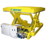Lifting table for rail